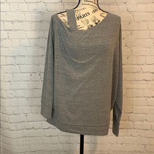 We the Free / Cold Shoulder long sleeve top medium